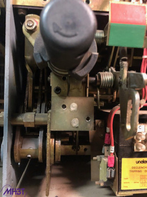 Maintenance disjoncteur BT Unelec