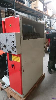 Tableau HTA - Schneider Electric Fluokit M24 en atelier